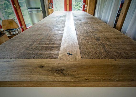 Deska kuchyňského ostrůvku